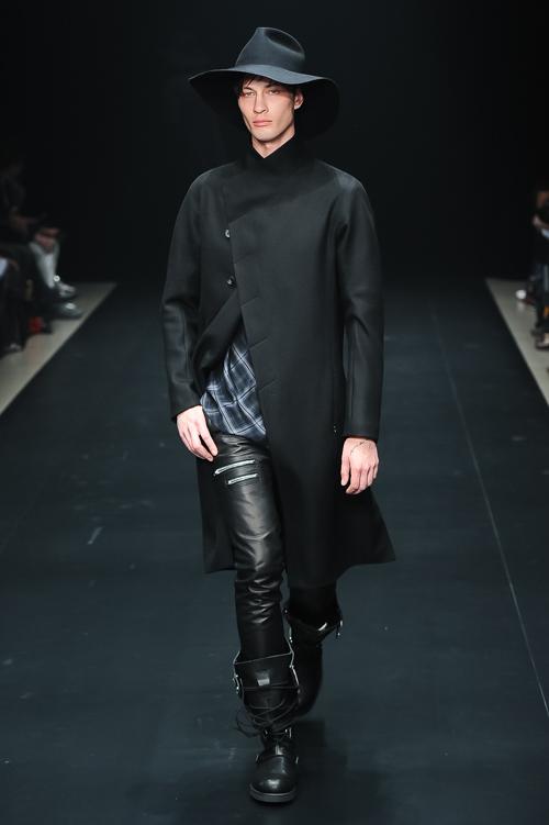 FW15 Tokyo ato047_Dima Dionesov(Fashion Press)
