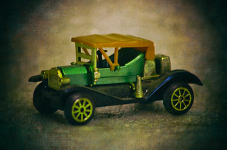 Antique-Toy-Car