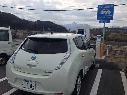 ファミリーマート鳥取浜村店のEV急速充電器