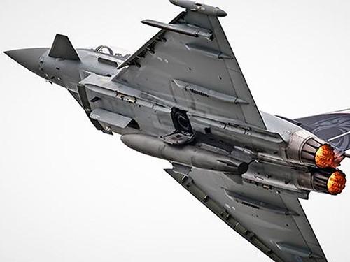 Британія провела таємні авіанавчання