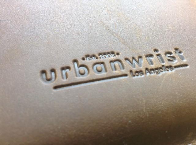 Urban wrist iZip