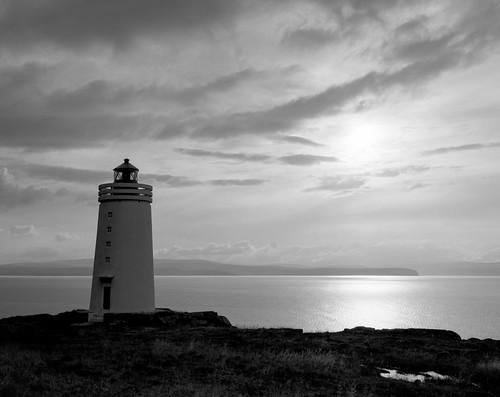lighthouse film analog 4x5 lf tmax400 largeformat gelatinsilver epsonv750 graflexcrowngraphic midfjordur miðfjörður skarðsviti skardsviti exif4film tetenalultrafintplus l017c