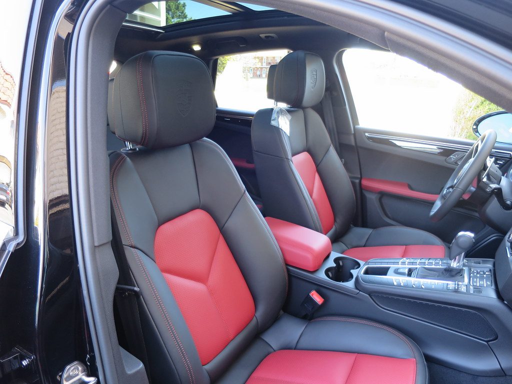 The official garnet red black interior thread page 22 - Porsche macan white with red interior ...