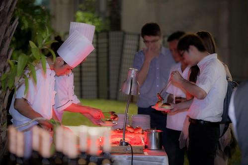 推薦婚宴場地:台南商務會館,米老鼠米奇的特殊結婚婚禮風格自助餐點區4