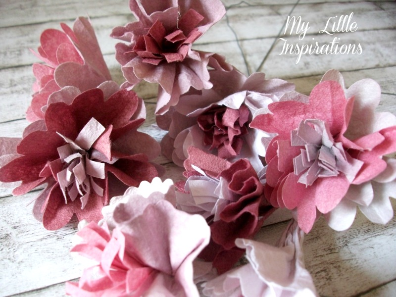 DIY Book Page Flowers 2 - MLI