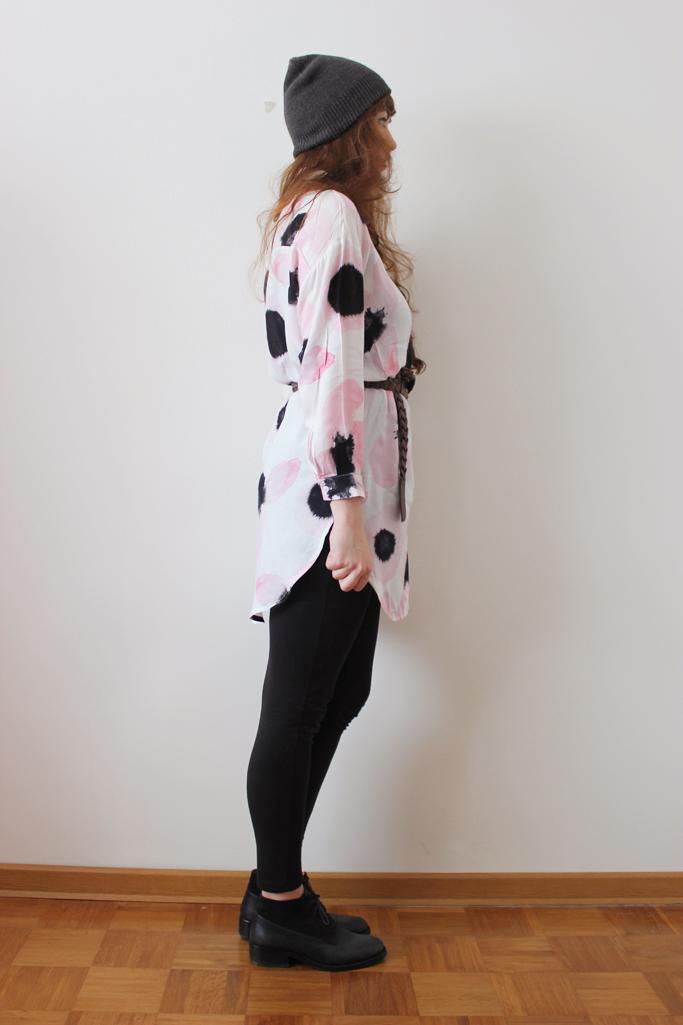 Print blouse - vintage boots - marc o polo boots