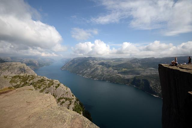 Perspectiva del Púlpito donde se aprecia increíble la altura de más de 600 metros
