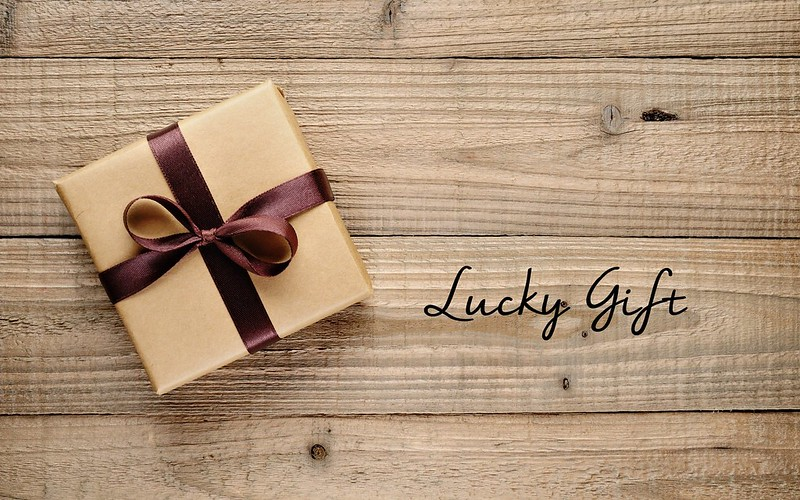 gift-for-you-hd-wallpaper