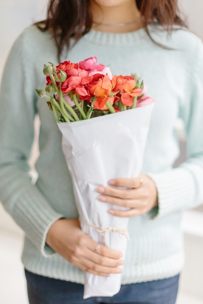 How to: Wrap a Bouquet | A Pair & A Spare