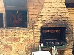 wood(0.0), hearth(0.0), masonry oven(1.0), fireplace(1.0), brick(1.0), brickwork(1.0),