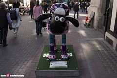 BAA-BUSHKA No.01 - Shaun The Sheep - Shaun in the City - London - 150423 - Steven Gray - IMG_0088