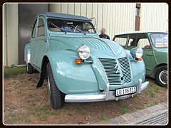 Citroën 2 CV AZL, 1956 _ Made in Belgium (Forest factory from 1954 to 1958)