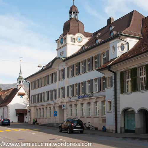 CH-4710 Balsthal: ehemaliges Amtshaus und St. Ottilienkapelle