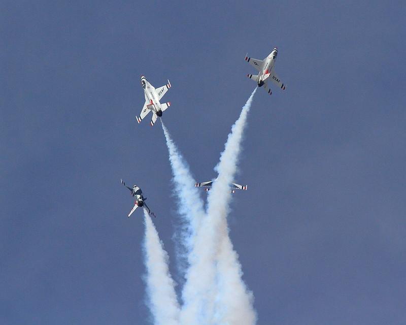 IMG_8000 Thunderbirds, LA County Air Show