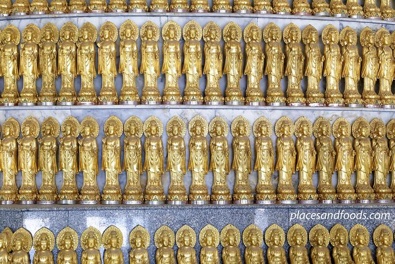 Phra Phothisat Kuan Im Nakhon golden guan yin