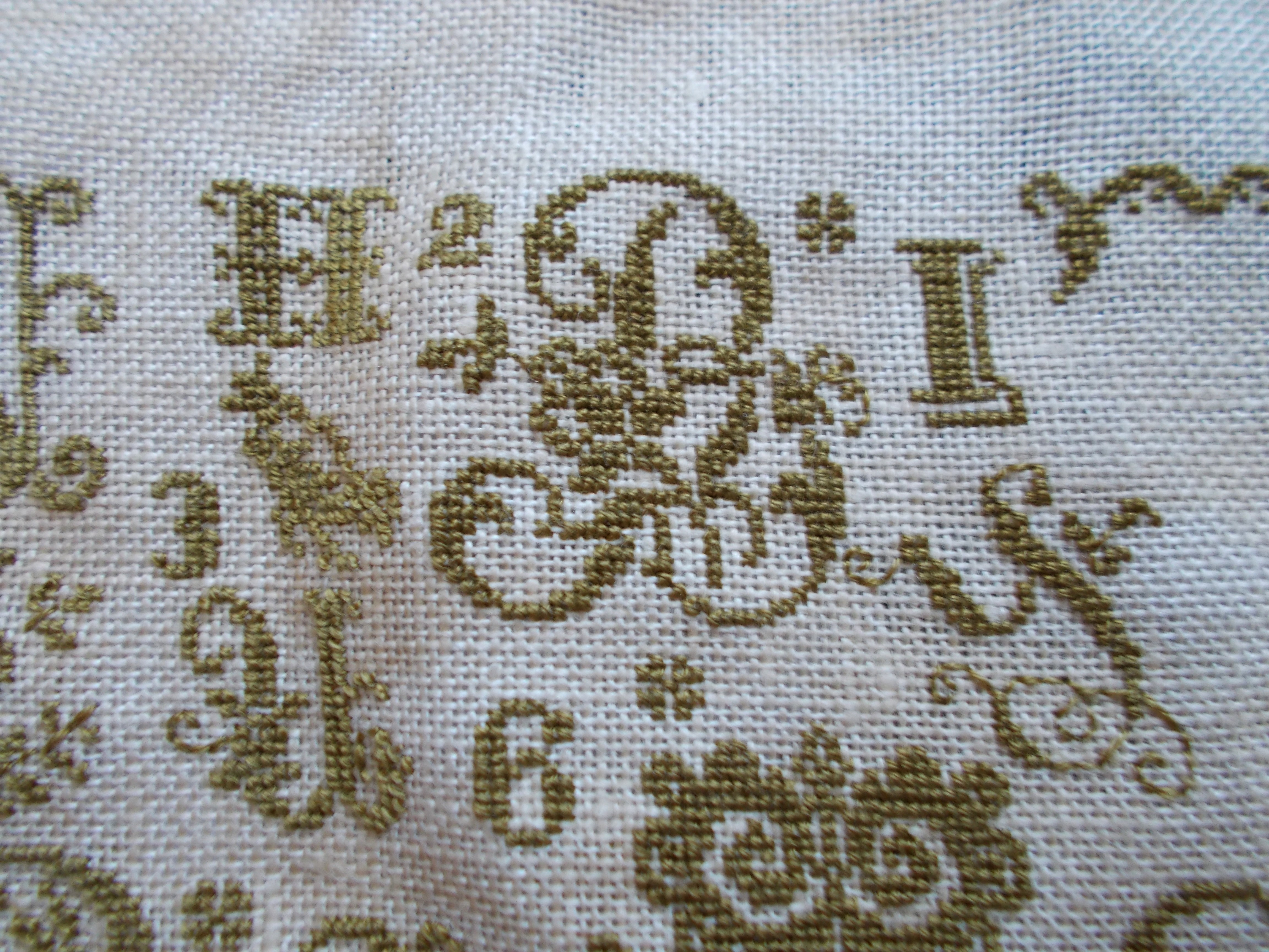 histoire de lin, ABC de printemps, cross stitch (5)