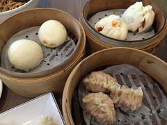 金沙奶皇包, 蠔油叉燒包, 東門興記, 台北