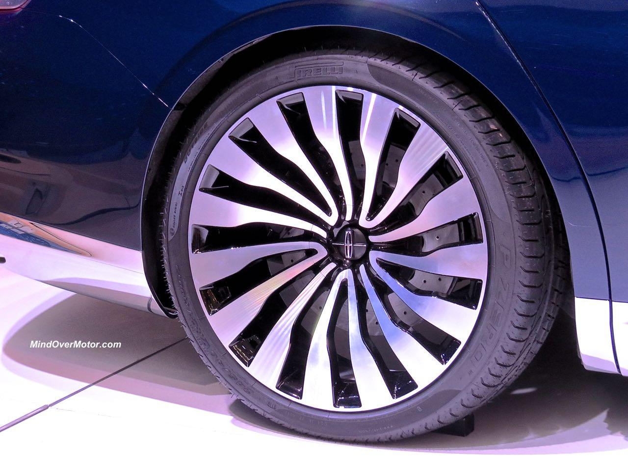 Lincoln Continental Concept Wheel