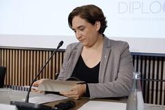 dl., 02/05/2016 - 21:08 - Ada Colau inaugura el fòrum internacional sobre la crisi de refugiats