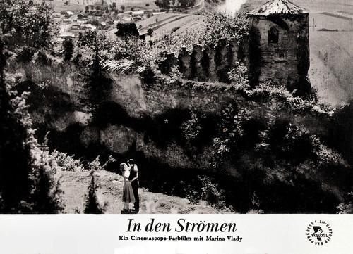 Marina Vlady and Robert Hossein in La liberté surveillée (1958)