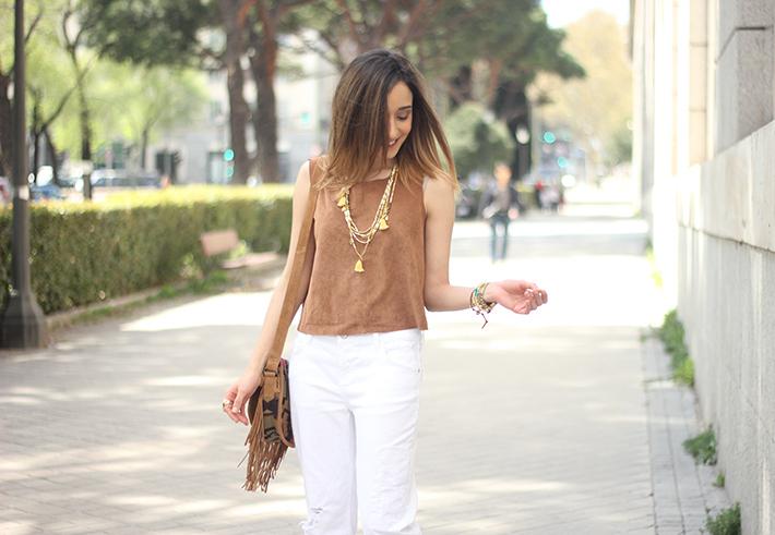 suede top suiteblanco white boyfriend jeans zara fringed purse dayaday 19