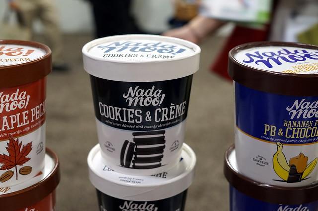 NadaMoo Cookies & Creme