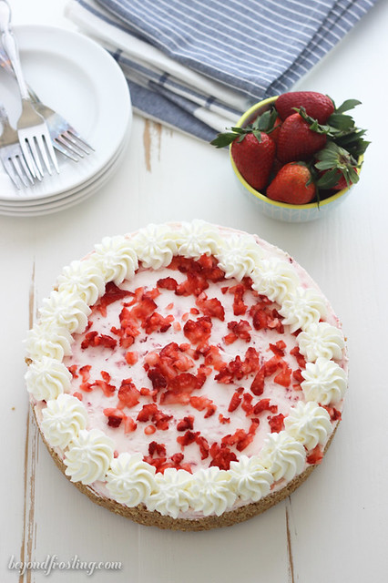 A fluffy, smooth strawberry cheesecake infused with marshmallow crème. This is the best no-bake strawberry pie that you will ever have!