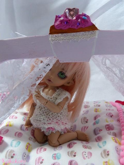 Les 3 Dames ~ meubles pour poupées : Fauteuil SD 16625682349_e0ab501548_z