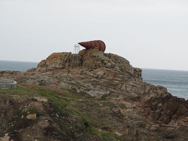 Monumento al Voyeur en Arteixo