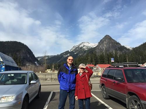 Sunny Snoqualmie Pass