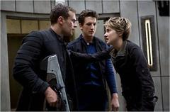 Insurgent (Kuralsız)