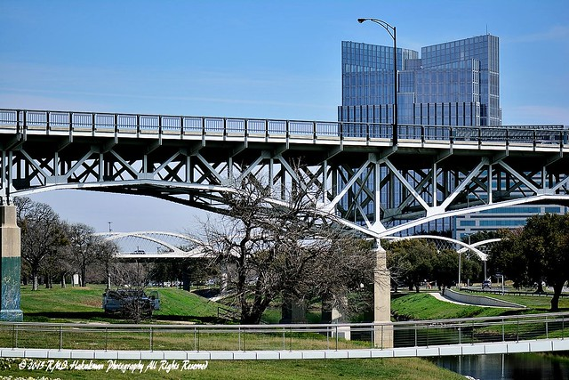 Three Bridges, Trinity River Park