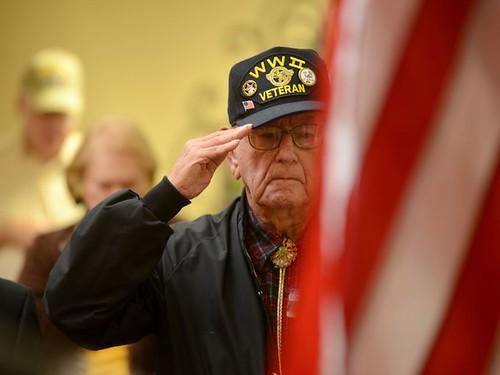 635514128921318122-js-1113-veterans-1