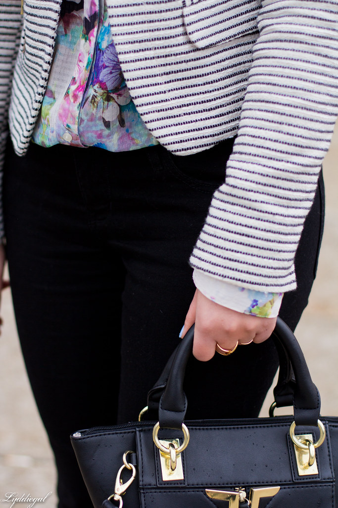 striped blazer, floral shirt, black pants, ballet flats-5.jpg