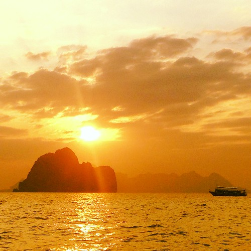 sunrise thailand koh ngai