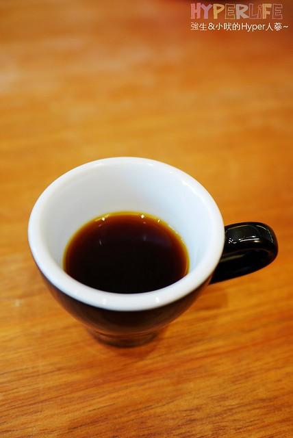歐客佬咖啡太原店 (13)