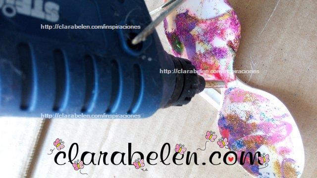 flor de cucharas de plastico tecnica marmoleado esmaltes
