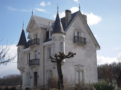 CHÂTELET DE MONTAGAN - Photo of Houlette