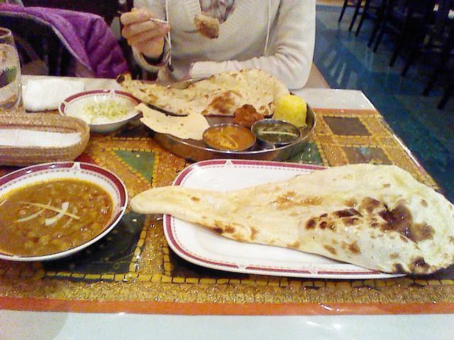 クマールさんのカレーよりは値段は張るが美味しいインドカレー
