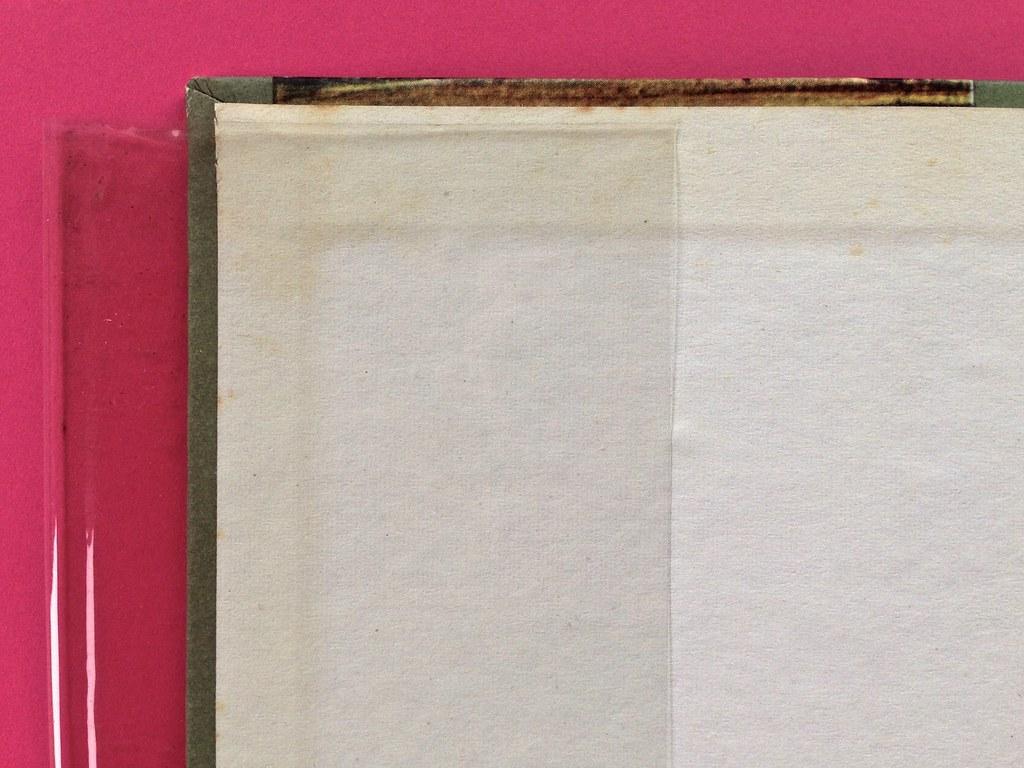 Disamore, di Libero Bigiaretti. Bompiani 1964. [Responsabilità grafica non indicata]. Risvolto della prima di sovracoperta, verso della copertina: l'illustrazione prosegue nel risguardo (part.), 1