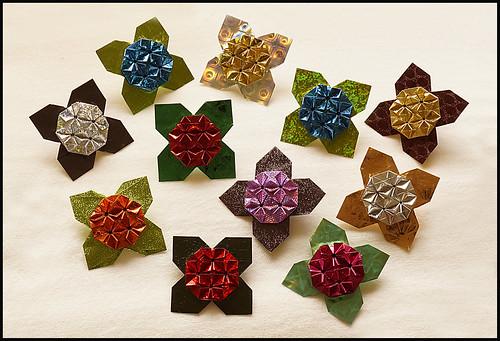 Origami Hydrangea Brooch (Shuzo Fujimoto)