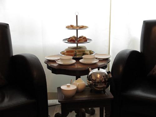 Afternoon tea am Tischchen in unserem Wohnzimmer
