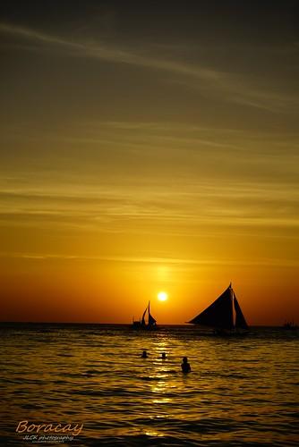 travel sunset sea seascape landscape sony boracay philipines a7r sel2870