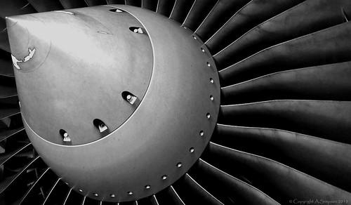 EasyJet - G-EZDB engine - London Gatwick (EGKK/LGW)