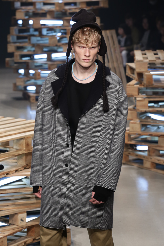 FW15 Tokyo DISCOVERED104_Knut Roertveit(fashionsnap.com)
