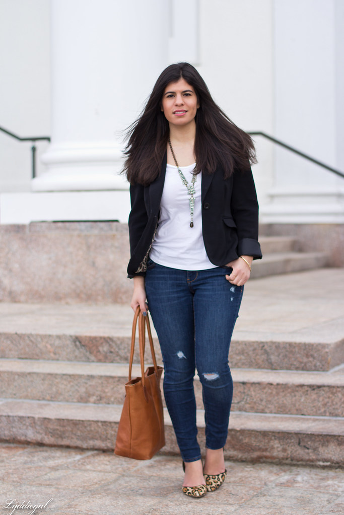 jeans, tee shirt, blazer, leopard pumps, statement necklace-1.jpg