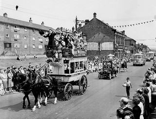 Parade celebrating the Centenary of the Blaydon Races