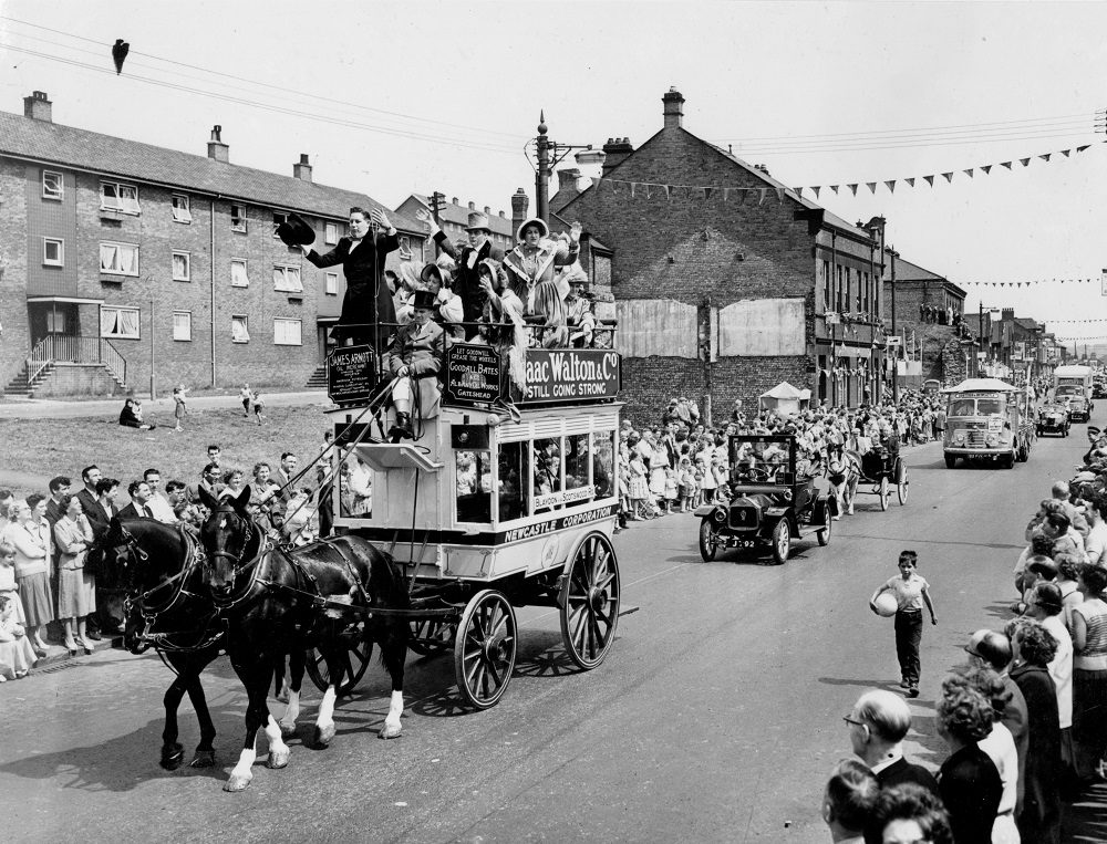 Parade celebrating the Centenary of the Blaydon Races