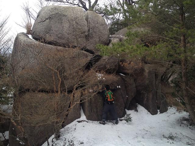 入道ヶ岳 イワクラ尾根 重ね岩