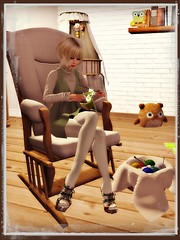 Heart Homes My sweet baby owl - complete nursery set post and pre pregnancy poses